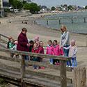Kindergruppe am Strand