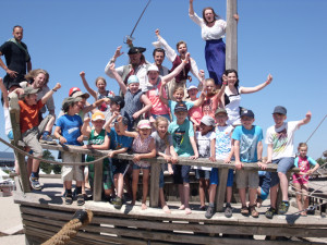 Kindergruppe mit Piraten
